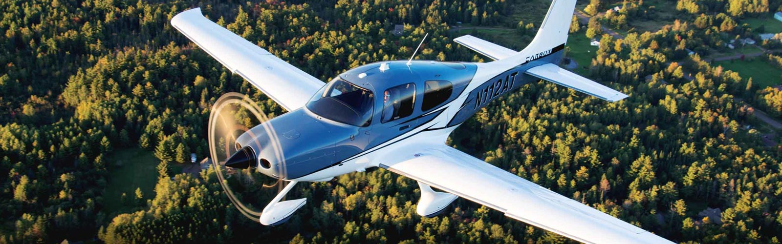 Student Pilot Handbook, guidebooks for learning to fly, passing flight reviews and more